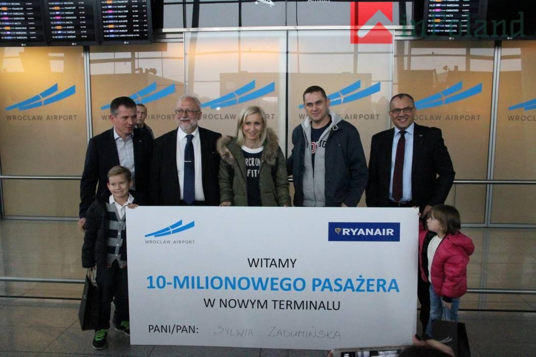 Вроцлавский аэропорт 10 миллионный пасажир