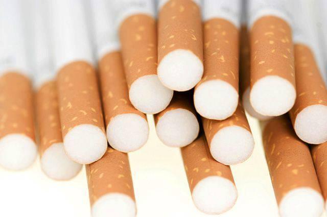 Во Вроцлаве полиция разоблачила продажу безакцизных сигарет и спирта