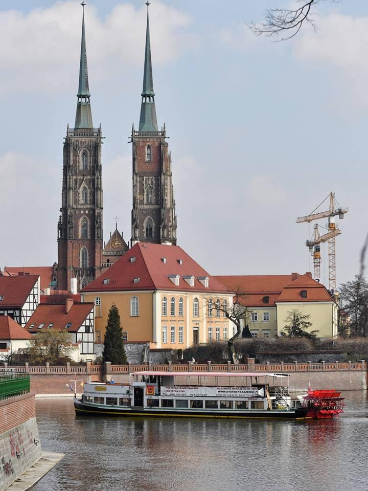 Весна: Во Вроцлаве на Одру вернулись пароходы