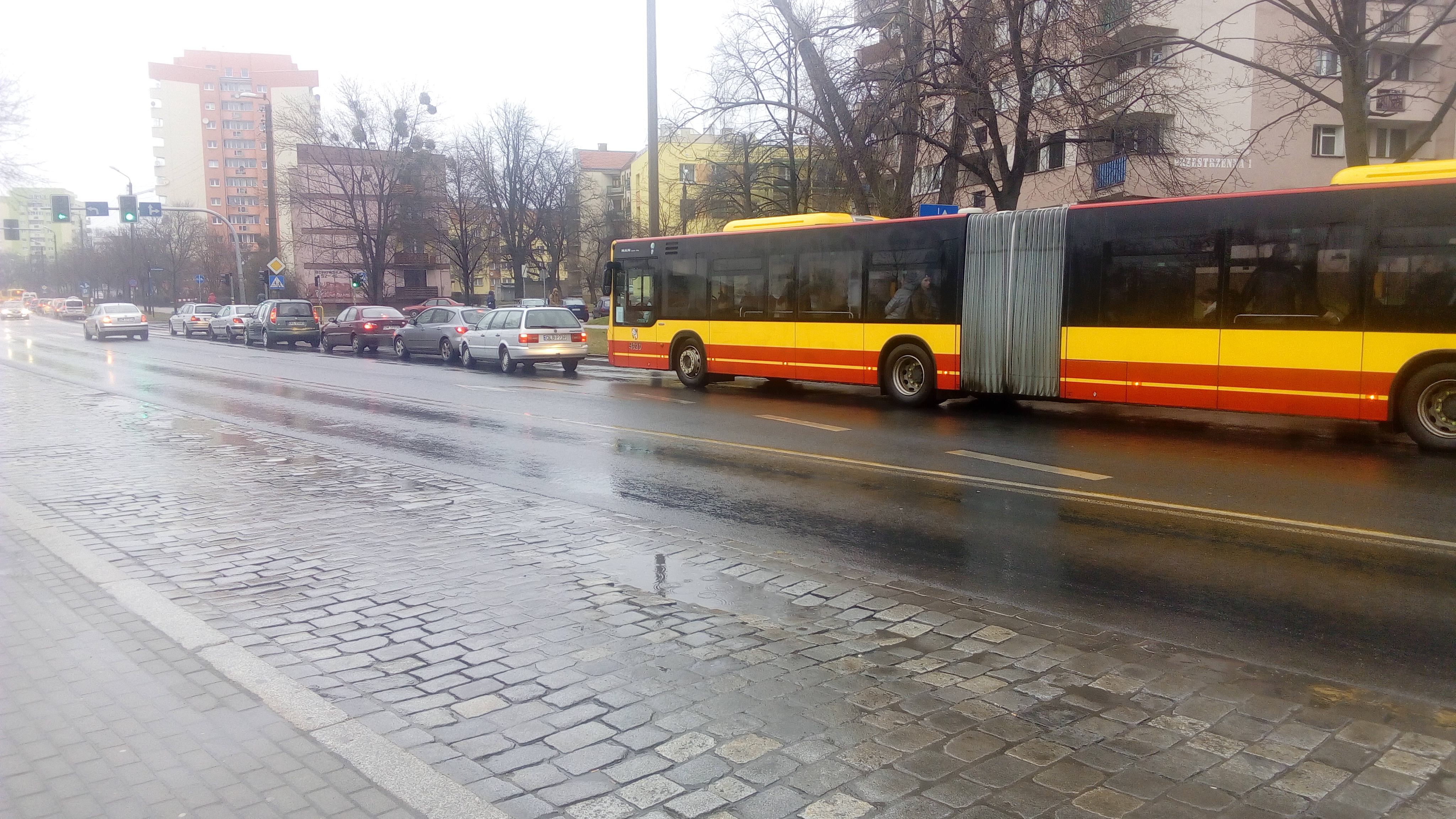 Во Вроцлаве на Каспровича сбили пешехода. Большие пробки