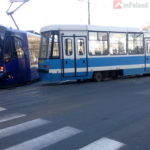 """Во Вроцлаве возле """"Реномы""""  трамвай сошёл с рельсов"""