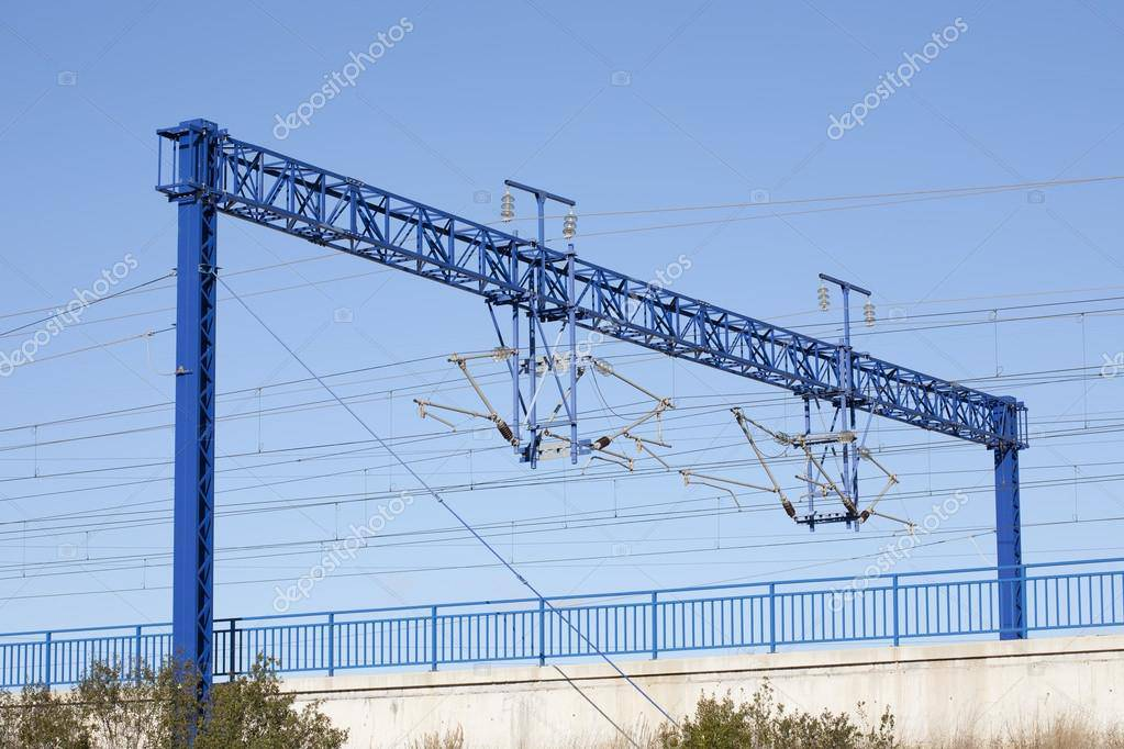 Под Вроцлавом украли  300 метров тросса контактной линии,  из-за чего остановились поезда
