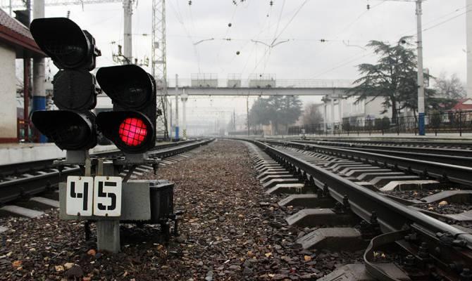 Во Вроцлаве локомотив сбил полицейскую машину
