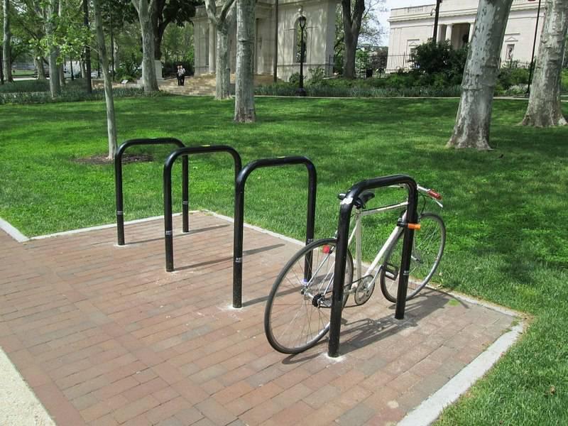 Во Вроцлаве установлены новые велопарковки