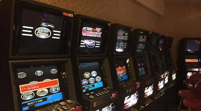Полицейские ликвидировали незаконный зал игровых автоматов