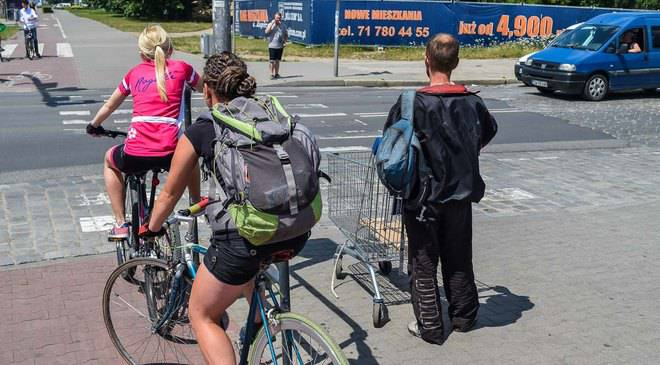 Во Вроцлаве велодорожку на Повстанцев Шленских продлят до Кшик