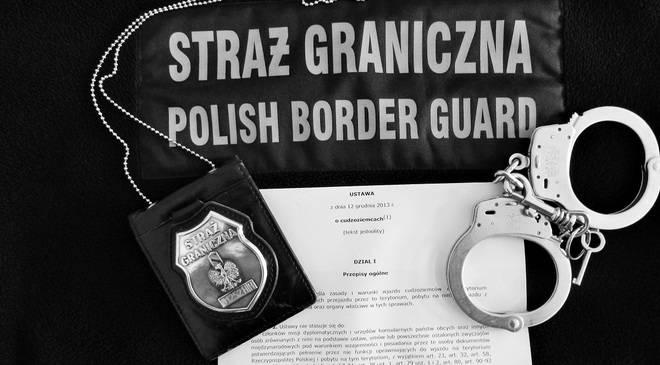 Во Вроцлаве пограничники задержали беженца из Афганистана, спрятавшегося в прицепе