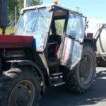В Валбжихе задержали пьяного тракториста без прав, страховки,  техпаспорта
