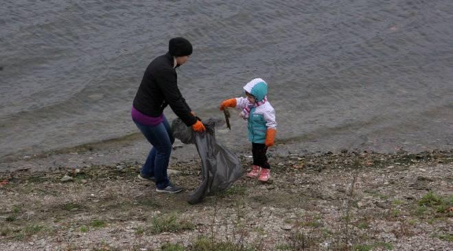 Во Вроцлаве хотят почистить Одру от мусора
