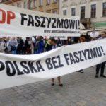 Во Вроцлаве проходит марш против фашизма (+ФОТО, ВИДЕО)