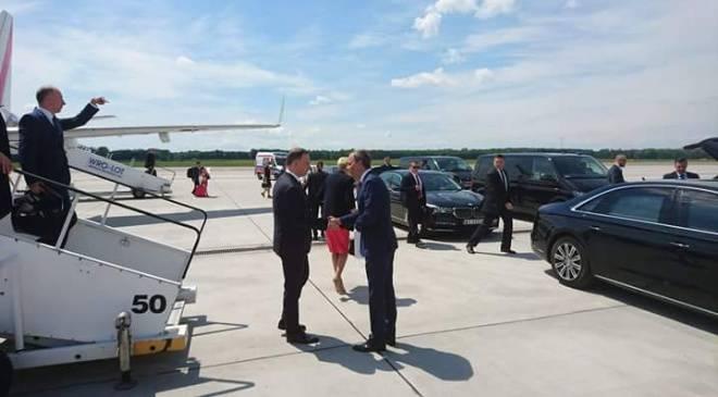 Во Вроцлав прилетел президент Польши