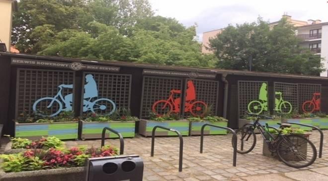 У Вроцлаві з'явився центр для оренди та ремонту велосипедів
