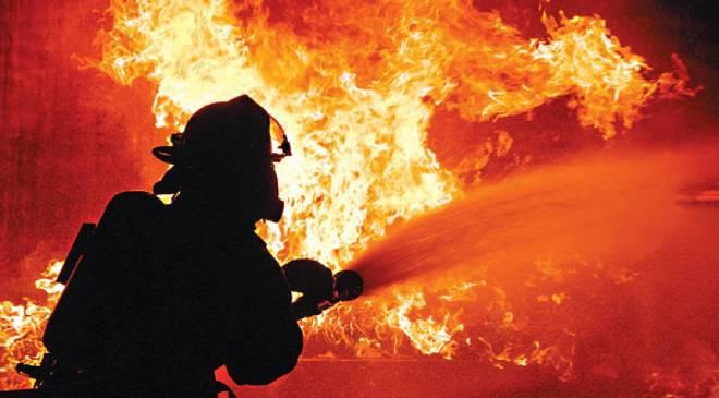 В Глогуві спалахнула величезна пожежа, є жертви