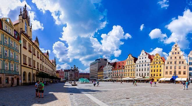 В різних частинах Вроцлава будуть нові тротуари