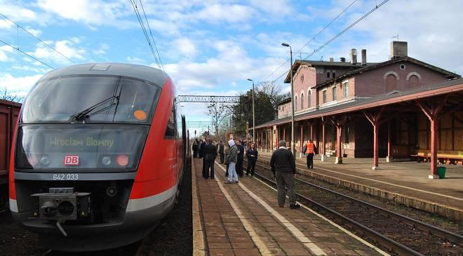 На трасі Psie Pole — Zakrzów замість потягу поїде автобус