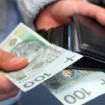 В Польщі від нового року піднімуть зарплату