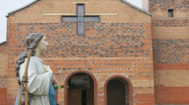 В них немає нічого святого — в Любані двоє молодиків обікрали костел (+ФОТО)