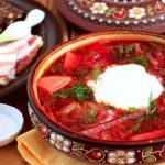 """Чернівчанин відкрив у Вроцлаві свій """"Lviv"""" з українською кухнею"""