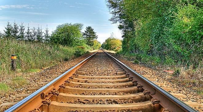 У Вроцлаві нова хвиля самогубств: підліток хотів кинутись під потяг