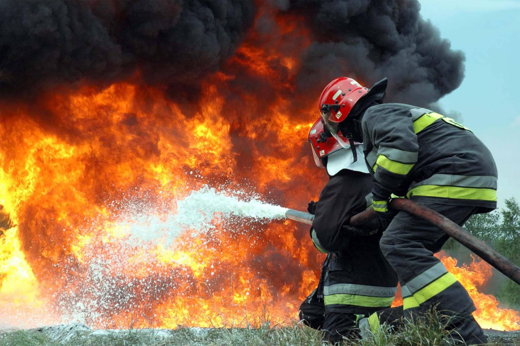 У Свідниці згоріло паровозне депо