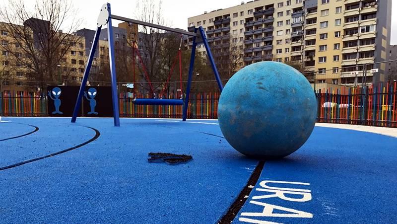 У Вроцлаві відкрили «космічний» дитячий майданчик