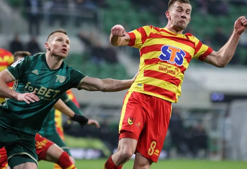 Шлёнск одержал победу в последнем матче календарного года