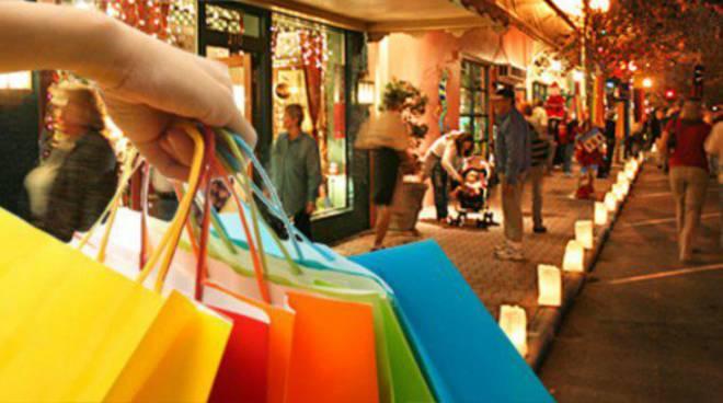 """Минула перша неділя із забороною торгівлі і … вже є перший """"мандат"""" для власника магазину"""