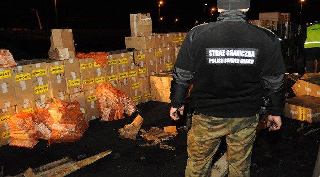 Затримано контрабанду сигарет з України