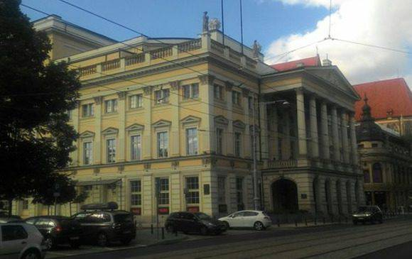 Поряд з Вроцлавською оперою буде побудовано готель, зали для репетицій та склад реквізитів