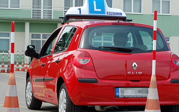 Отримувати водійські права в Польщі тепер будуть по-новому