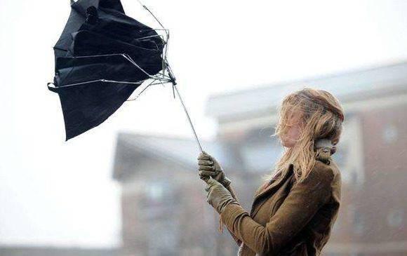 Синоптики попереджають жителів Вроцлава про буревій