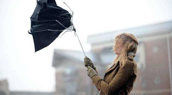 У Вроцлаві оголосили штормове попередження: очікується сильний вітер