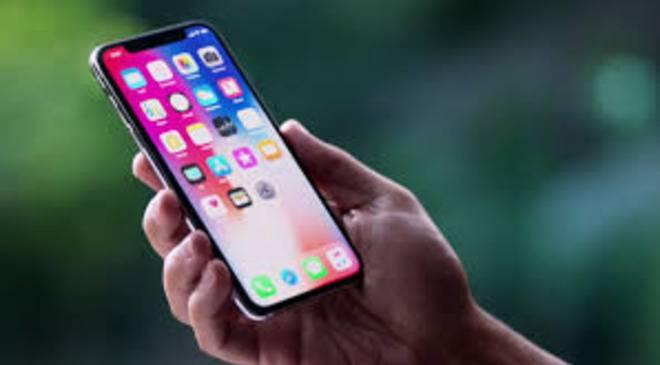 Нижня Сілезія: в одній з шкіл регіону учням заборонено користуватися мобільними телефонами