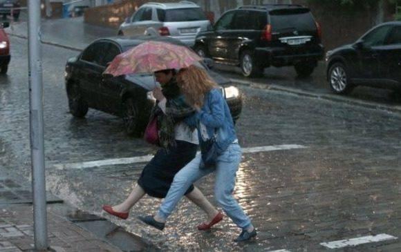 Штормове попередження: зливи та грози накриють Нижню Сілезію