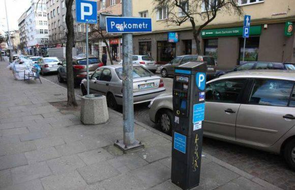 Наступні житлові райони у Вроцлаві підпадають під зону платного паркування [ПЕРЕЛІК]
