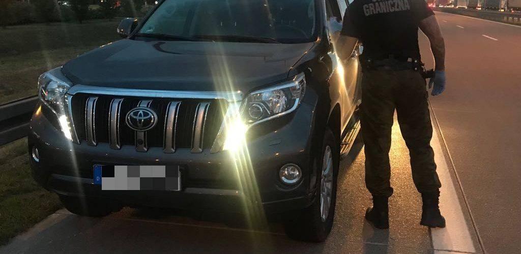 """Нижня Сілезія: затримано злодія, що """"переганяв"""" крадений автомобіль з Бельгії на територію Польщі"""