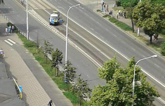Трагический случай: Во Вроцлаве трамвай переехал человека и проехал с ним сотню метров