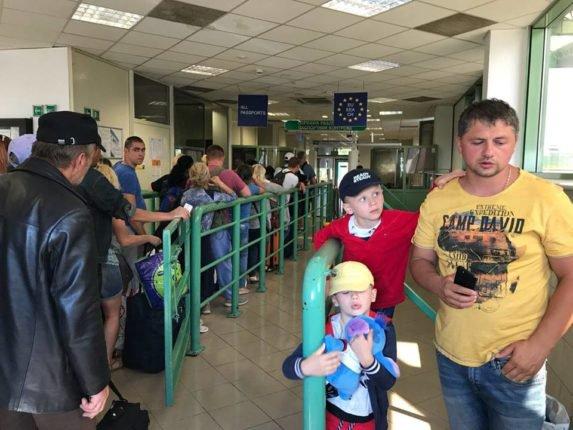 Продовження історії українця, залишеного на польсько-українській границі без грошей, без документів та без підтримки Консульства України