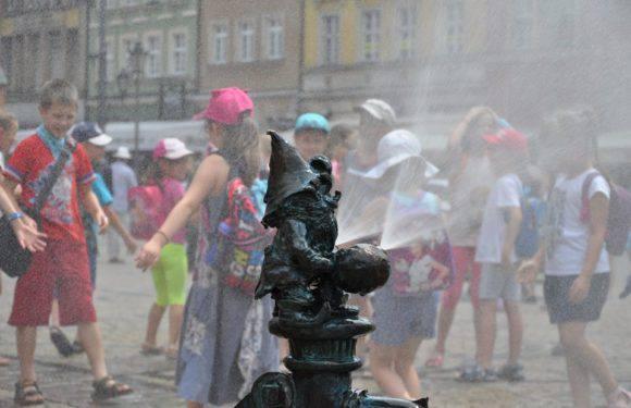 Боротьба зі спекою: у Вроцлаві встановлять розпилювачі та кулери