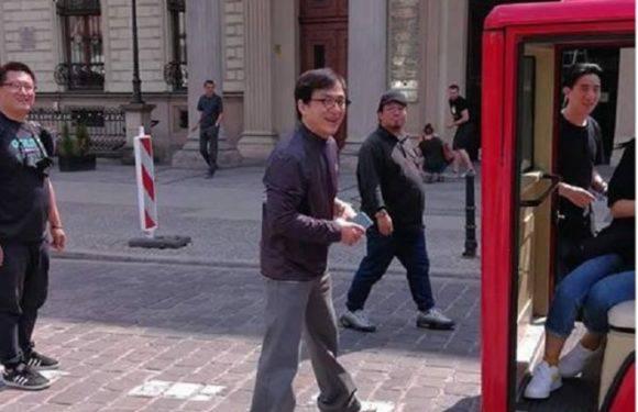 Джекі Чан приїхав до Вроцлава! Відомий актор прогулювався на площі Ринок!