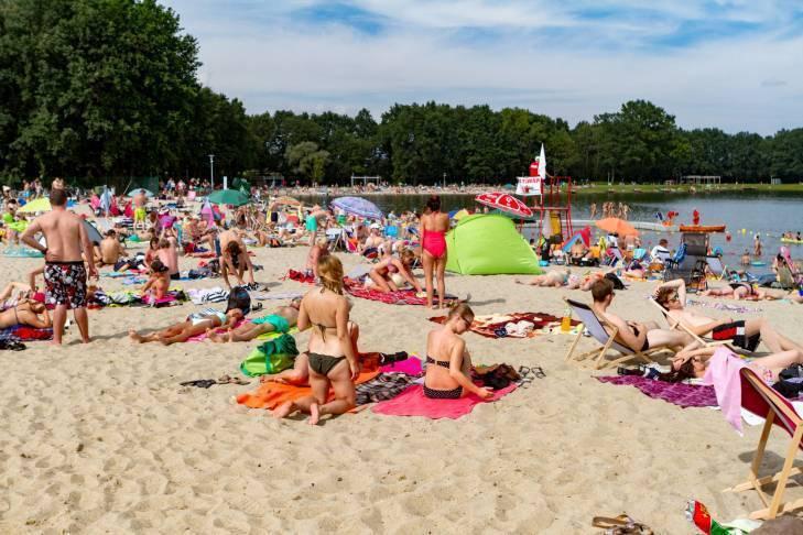 Басейни та купальні зони у Вроцлаві