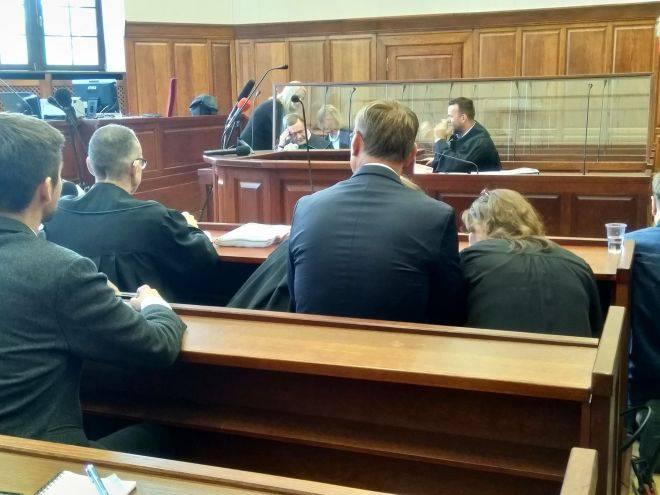 У Вроцлаві розпочався судовий процес над поліцейським, який вбив за допомогою електрошокера Ігоря Стахов'яка?