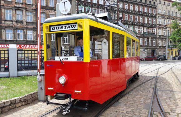 Мешканців та гостей міста запрошують на трамвайну екскурсію Вроцлавом