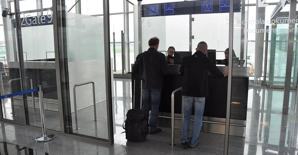 У Вроцлавському аеропорту затримали злочинця, який перебував у розшуку