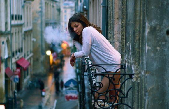 Куріння на балконі багатоквартирного будинку в Польщі: можна чи ні?