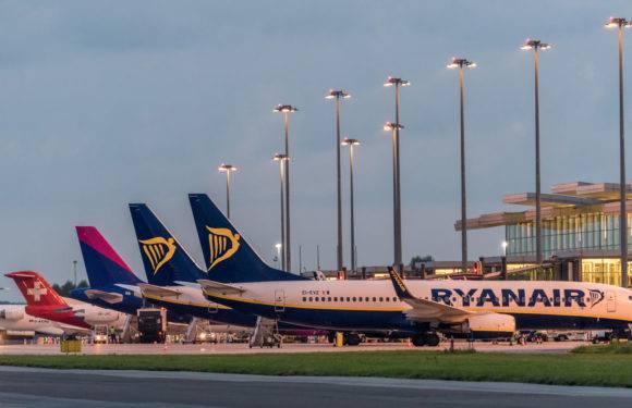 У результаті страйку Ryanair скасував 190 рейсів, в тому числі скасовано рейси з  Вроцлава
