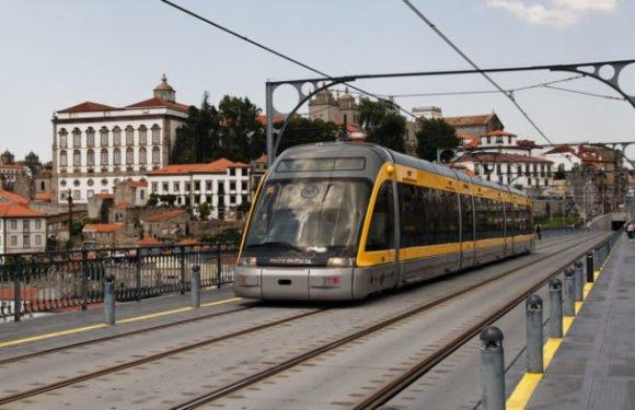 Польська залізниця постачає потяги до Дубаю