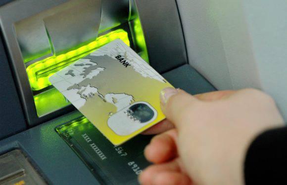 «Приватбанк» почав проводити грошові онлайн-перекази з Польщі без комісії