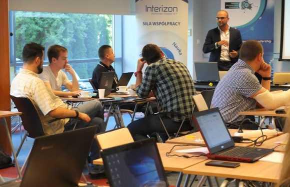 Поляки запустили програму для інвестиції стартапів: в пріоритеті українці