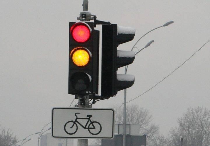 Пішоходи в Польщі зможуть переходити дорогу на червоне світло?